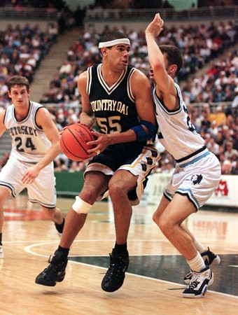 """Detroit Country Day's Shane Battier against Petosky in a March 13, 1997 game."""